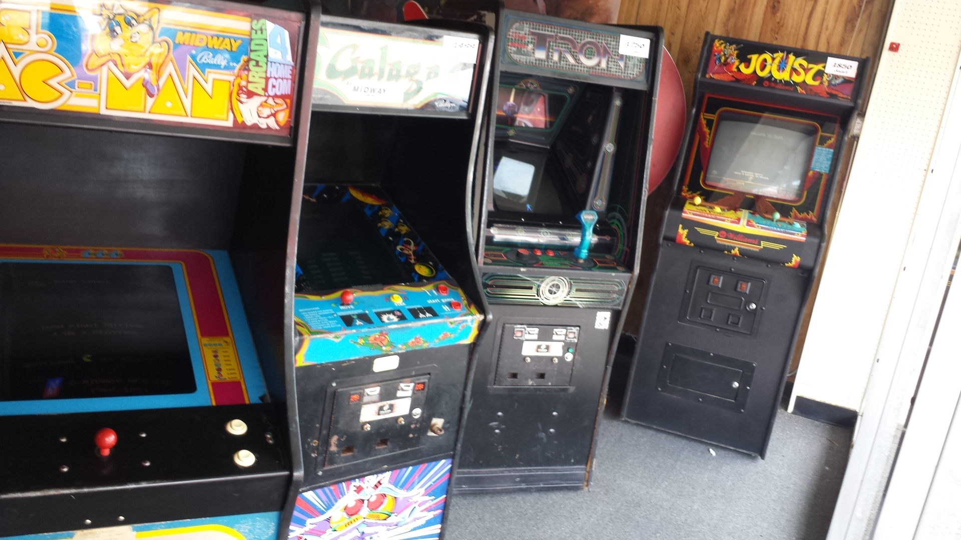 Picture of Joust NEW