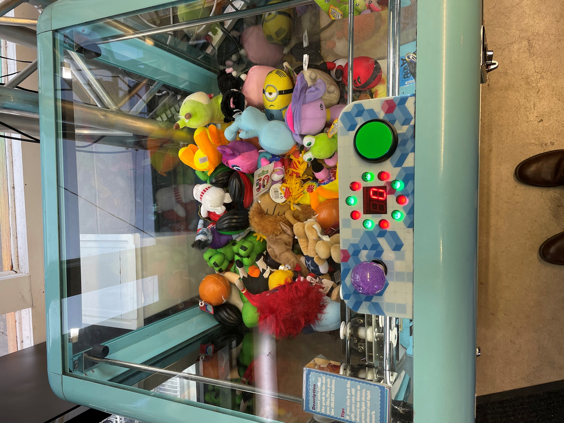 Picture of Rubik's Cube Claw Machine